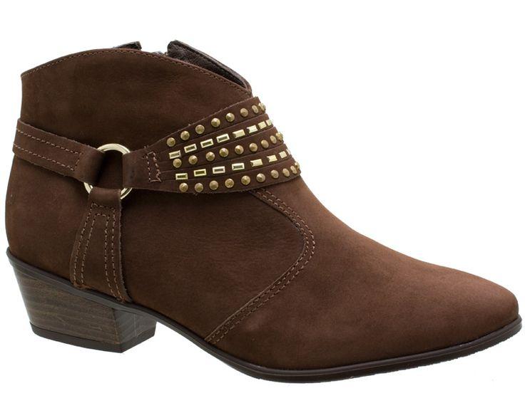Confira agora: Ankle Boot Usaflex Couro Velour Marrom S3106/02. Loja online de Sapatos Grandes femininos. Calçados em numerações especiais e tamanhos maiores saltos 41, 42, 43 e 44.