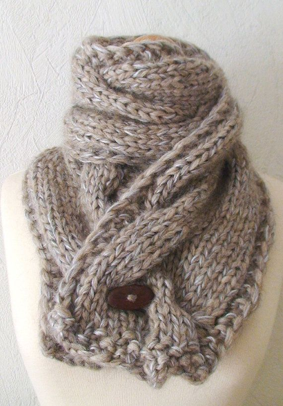I lOVE a GREAT SCARF!