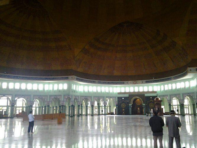 Masjid Raya Al-Azhom Kota Tangerang