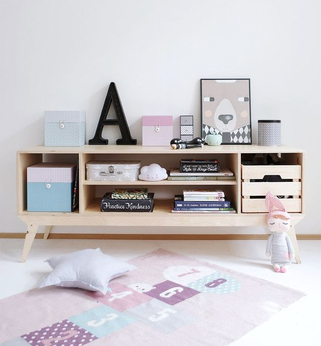 Medienmöbel: Flaches Sideboard für das Wohnzimmer / tv board for the living room, wooden scandic home decor made by WoodRepublic via DaWanda.com