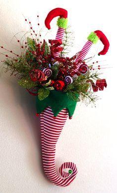 Sombrero de elfo Navidad con piernas colgando de la por 4allseasons