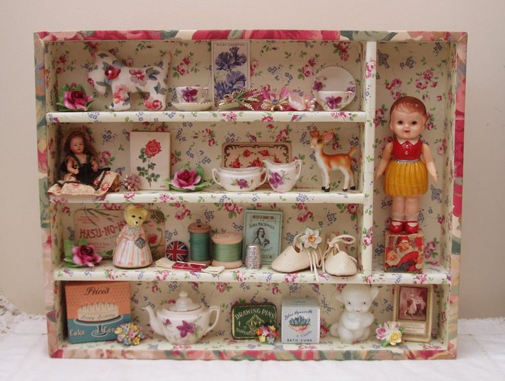 Covered wooden cutlery tray, or shadow box. an idea for my collection of '50s/'60s plastic dollhouse furniture. (Although maybe not quite so sweet.)