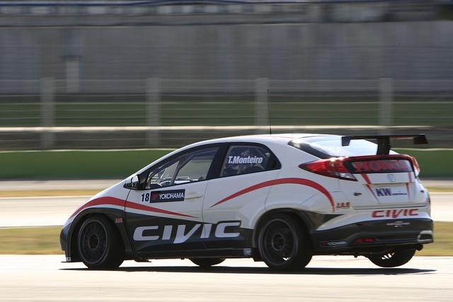 2012 Honda Civic WTCC car, via Flickr. & Lotpro.com