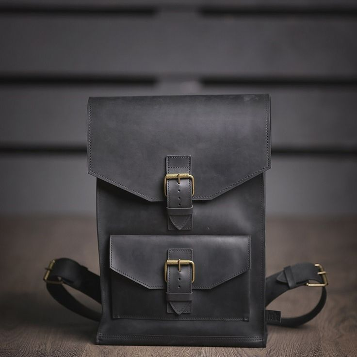 Leather Bag. Colour: Black. Material: Leather. Dimensions: 27 x 38 x 10 сm. Processing method: Handmade using the sewing machine.