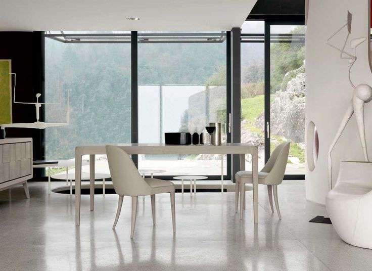 Dale Italia B-652 Tables in walnut with inlay - Natural Finish