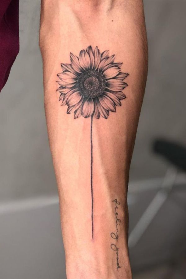 Simple Sunflower Tattoo Designs To Carry Your Favorite Flower On Your Skin Sunflower Tattoos Sunflower Tattoo Simple Sunflower Tattoo Meaning