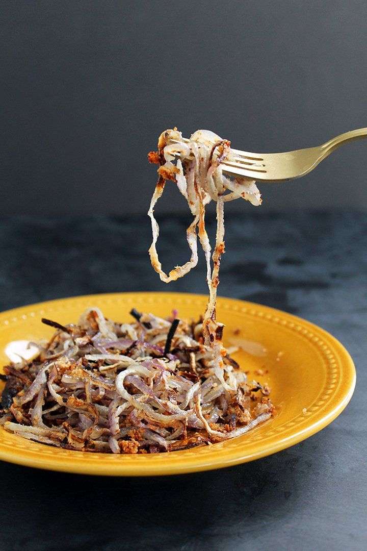 How to Make Healthy Onion Rings Using a Spiralizer