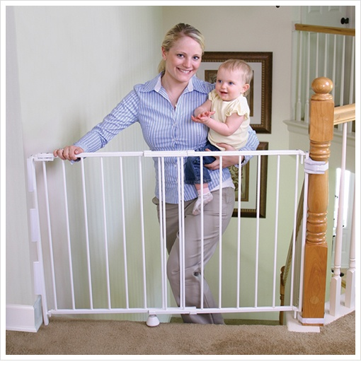 40 Top Of The Stairs Safety Gate With 32 Quot Height And