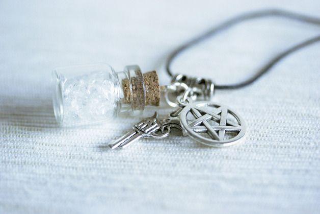 Collane con medaglione - Bottiglietta in vetro - Supernatural - un prodotto unico di HappyBeeLab su DaWanda