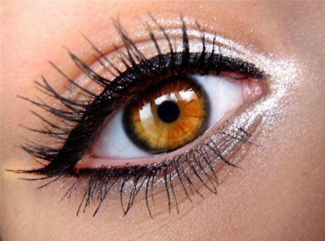 eye make-up tip (like)