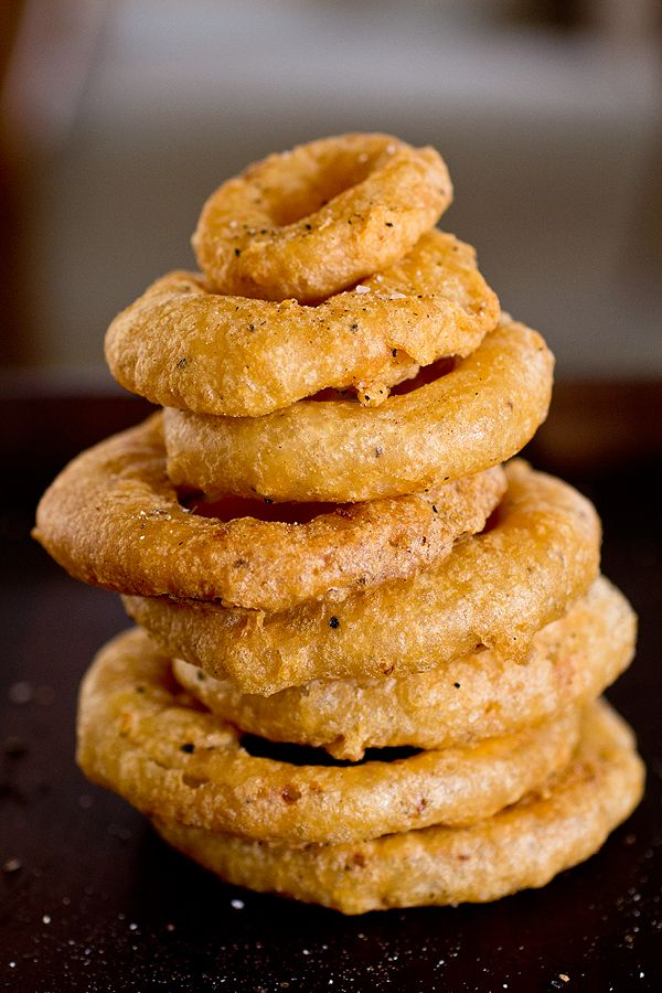 Double Crunch, Sweet Maui Onion Rings from thecozyapron.com