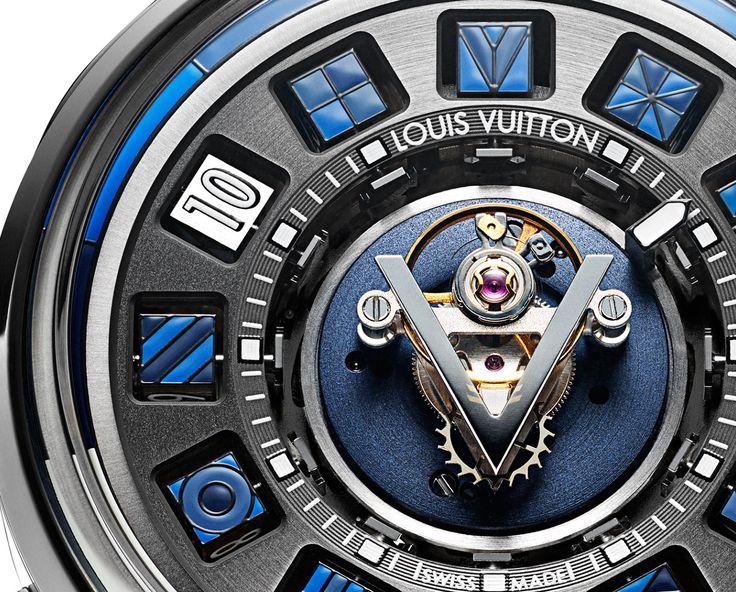 Louis Vuitton Escale Spin Time Tourbillon Central Blue - detail - Perpetuelle