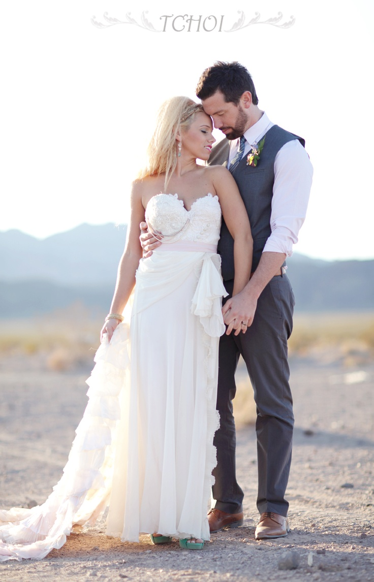 Love the look of guy for the wedding clothes for Wedding photographer clothes