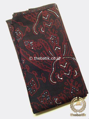 Kain Batik Tulis Motif Pisan Bali Latar Hitam | #Indonesia Traditional #Batiks Tulis #Design. Hand-dyed #Fabric #Textiles Process http://thebatik.co.id/kain-batik-bahan/batik-tulis/