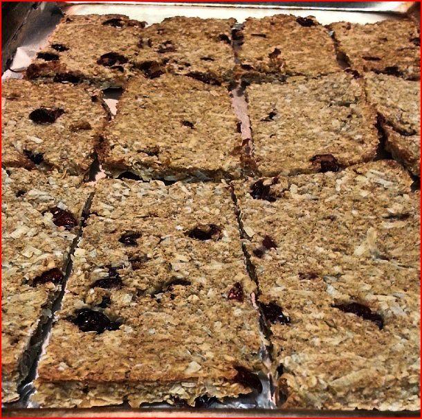 Healthy 85 calorie home made granola bars- no flour, eggs, dairy, added sugars, no butter, no oils!