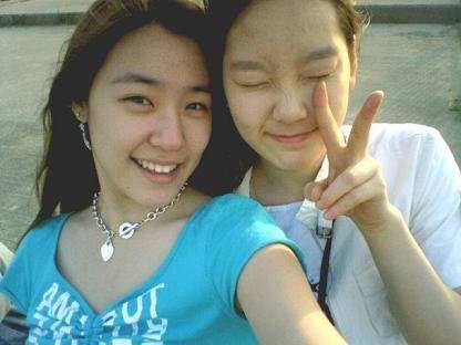 SNSD Tiffany & Taeyeon
