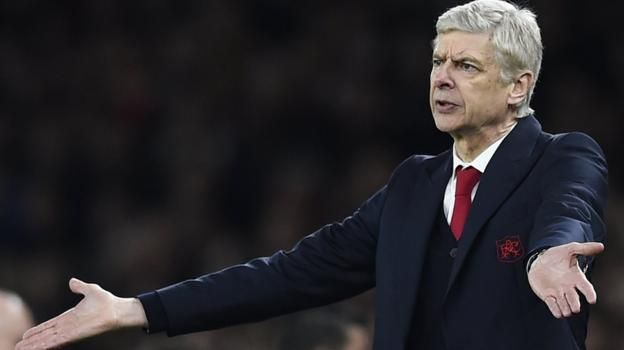 Taking striker Olivier Giroud off cost Arsenal the chance to get something from the game, says MOTD pundit Jermaine Jenas.