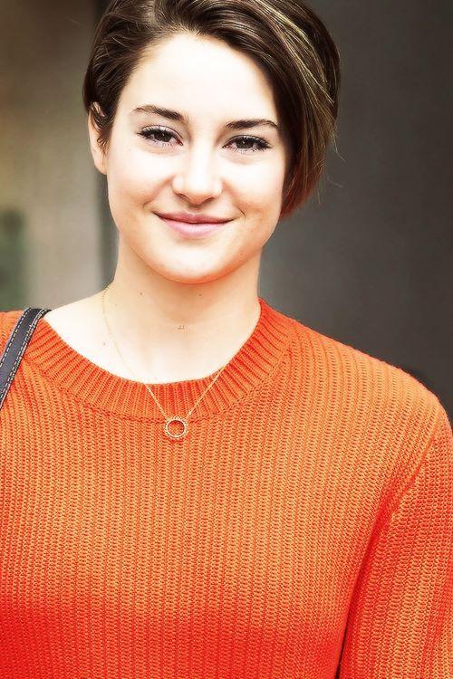 Shailene Woodley Who Plays Hazel Grace Lancaster On The