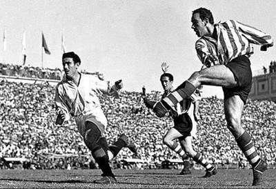 Biografi Telmo Zarra, Spesialis Top Skor Liga Spanyol