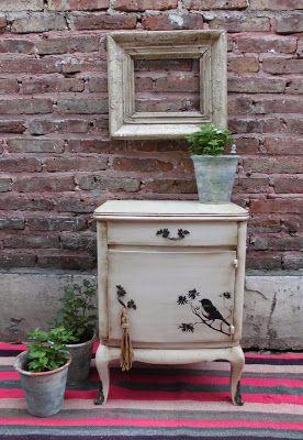 Muebles antiguos decapados patinados shabby chick de estilo reciclados restaurados