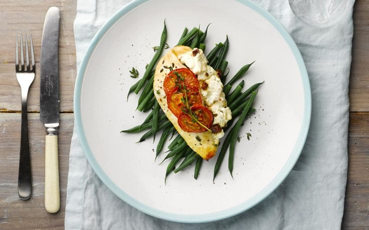 A simple and flavourful recipe for chicken breasts stuffed with chorizo and Philadelphia Mediterranean Herbs from chef Lorraine Pascale