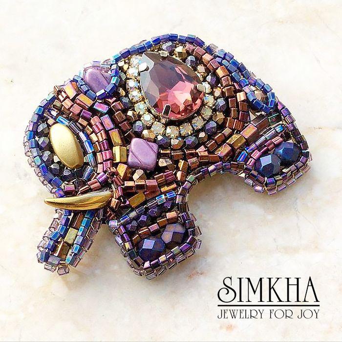 """Купить Брошь """"Слоник"""" - праздничное украшение, подарок, ручная работа, золотой, слон, слоник, фиолетовый"""