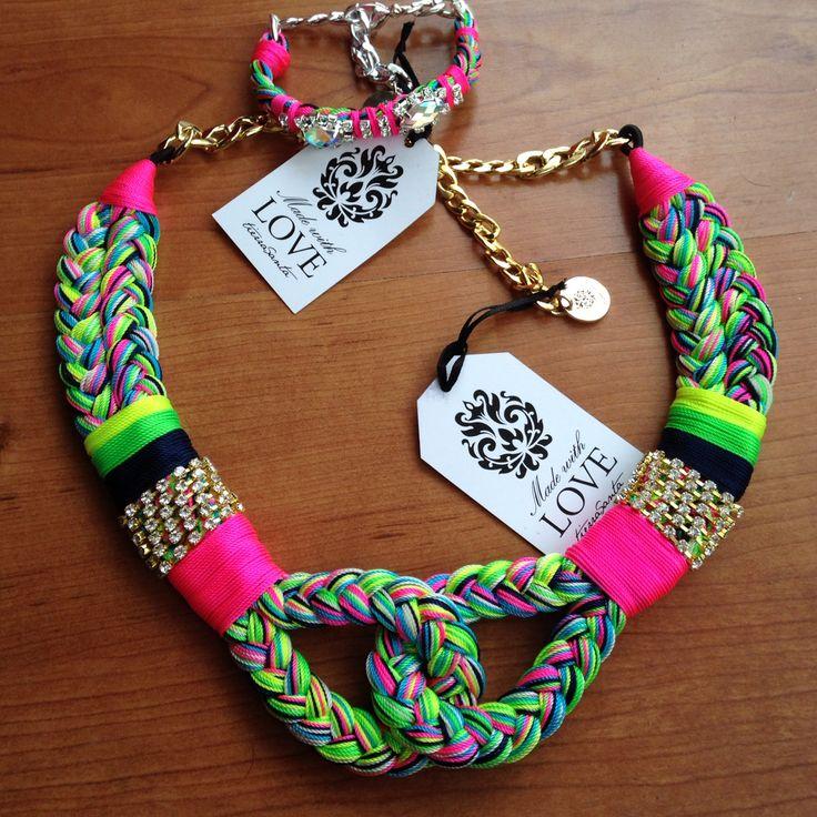 Yo quiero un mambo!! Tierra santa Guadalajara Whatsapp 3320095908 Handmade hecho en México Varios modelos Colores neón Padrísimo !!! Sé diferente !!! Instagram : Tierrasanta Gdl
