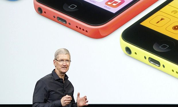 Apple isn't dead yet – iPhone 5S and iOS7 have a secret weapon - The reality distortion field has gone into reverse, but it's blinding us to the truth: Apple is still leading the way.