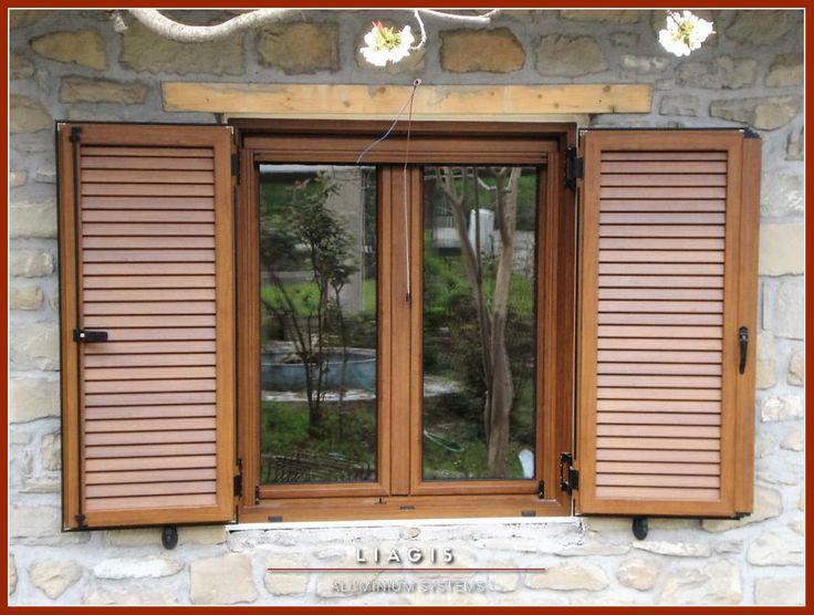 Παραδοσιακό ανοιγόμενο παράθυρο αλουμινίου