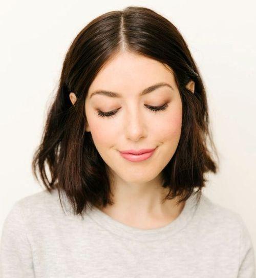 Shoulder-Length Haircut for Thin Hair
