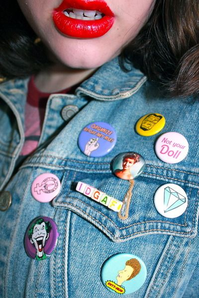 My 9 year old has had a denim jacket like this with the old school buttons on them since she was 4 or 5. Everyone thinks her jacket is so cool... Lol