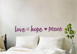Vinilo decorativo love hope peace dormitorio frases cabecera cama