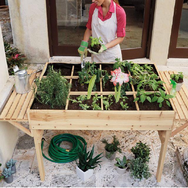 Les 25 meilleures id es concernant jardini re en hauteur - Jardiniere haute en bois ...