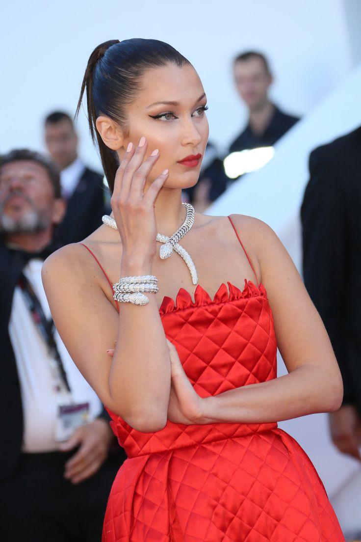L'abito-trapunta di Bella Hadid a Cannes ha vinto tutto