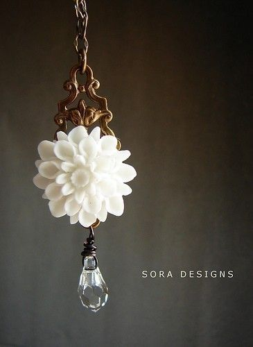 White Gardenia Necklace  Swarovski crystal custom by soradesigns, $27.50