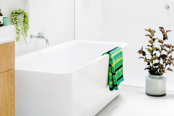 Como Traer Luz A Un Cuarto Baño Interior  miami