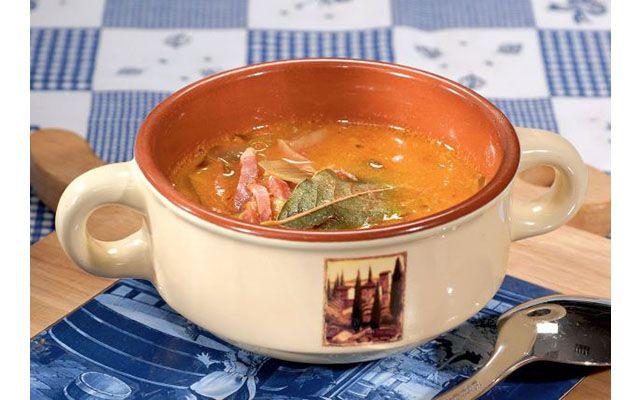 Рецепт для настоящих ценителей первых блюд из сыра. Шверинский сырный суп