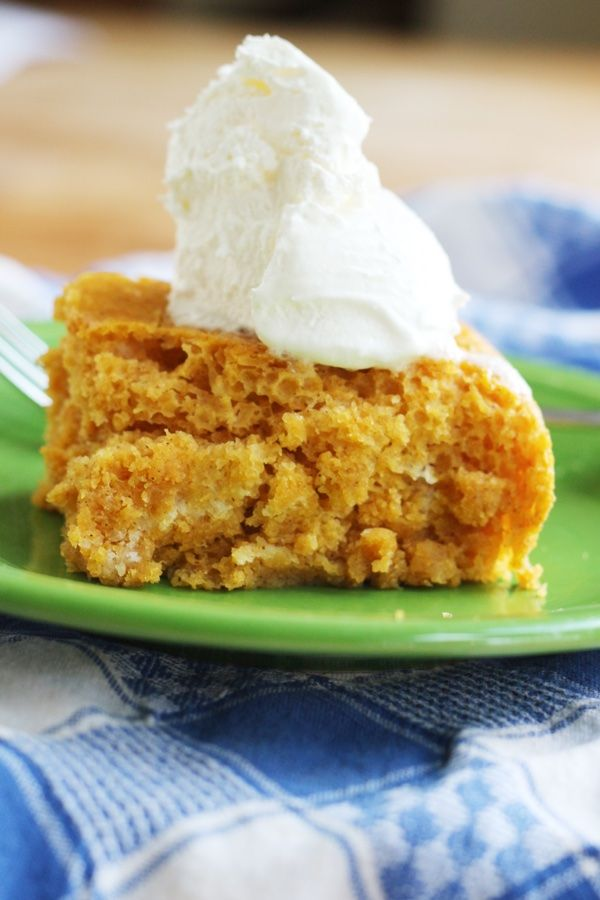 Four Smart Points pumpkin spiced angel food cake - only 90 calories a slice and made with 3 ingredients. You gotta try it!
