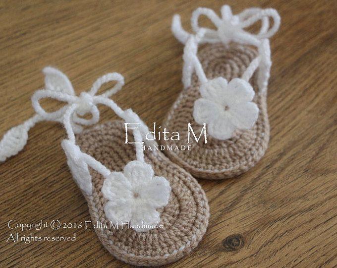 Crochet bambino Sandali, sandali da gladiatore, scarpette per neonati, scarpe, Pantofole bambino, sandali fiore, regalo per il bambino, bambino doccia dono, annuncio