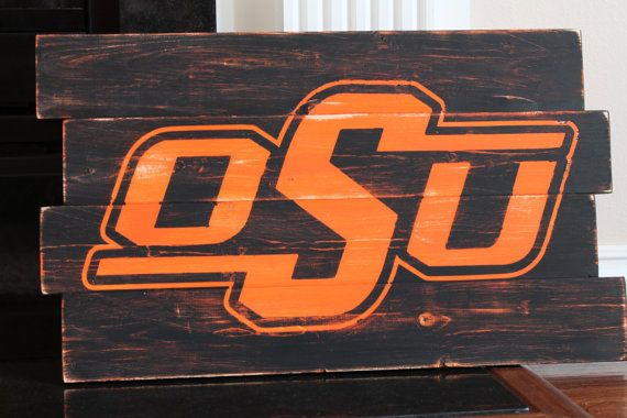 Oklahoma State University Distressed Wood Sign.... Ugh.. Only for my okie signs..