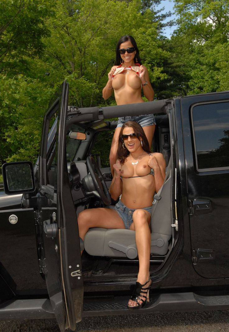 girl nude in jeep