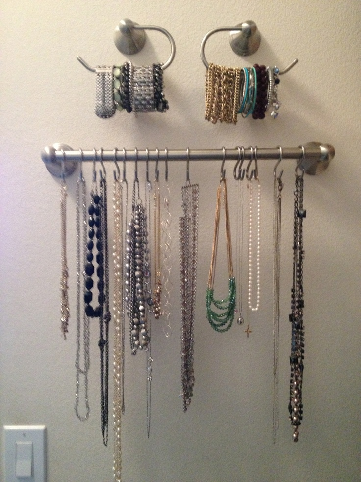 Using towel rods to hang necklaces and bracelets. |Pinned from PinTo for iPad|