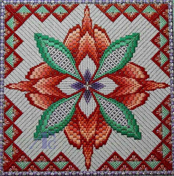 Polski Needlepoint: 2013 Stitch of the Month - październik four-way bargello needlepoint