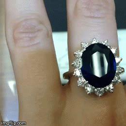 Here is our version of Kate Middleton's Royal Sapphire Engagement Ring. #katemiddleton #kwdiamonds #royalring