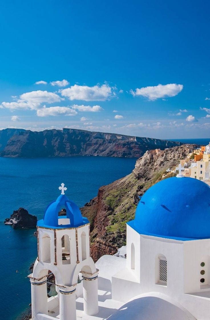 From cobblestone streets to stark white homes with colorful roofs that look like a scene straight out of a postcard, there is no shortage of things to do and see when you're on this #Greek island. #Santorini #Greece #Island #Travel