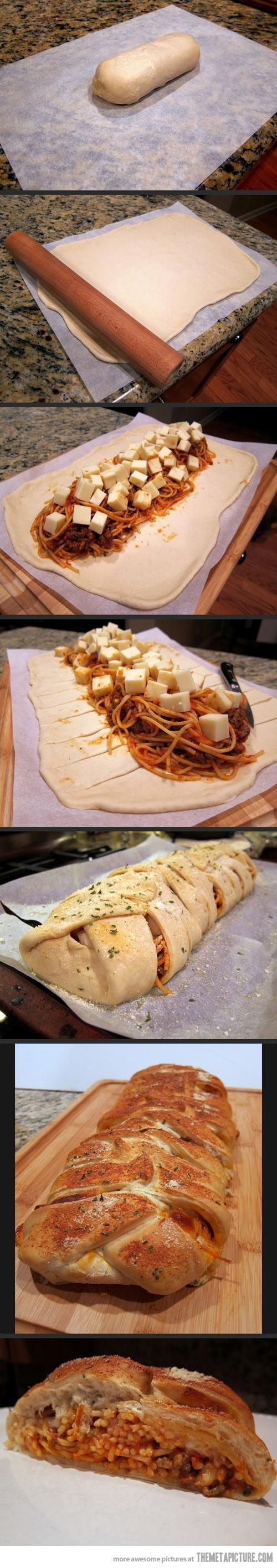 This sounds amazing.  Ingredients/Instructions: http://www.daydreamkitchen.com/2012/12/baked-spaghetti-in-garlic-bread/