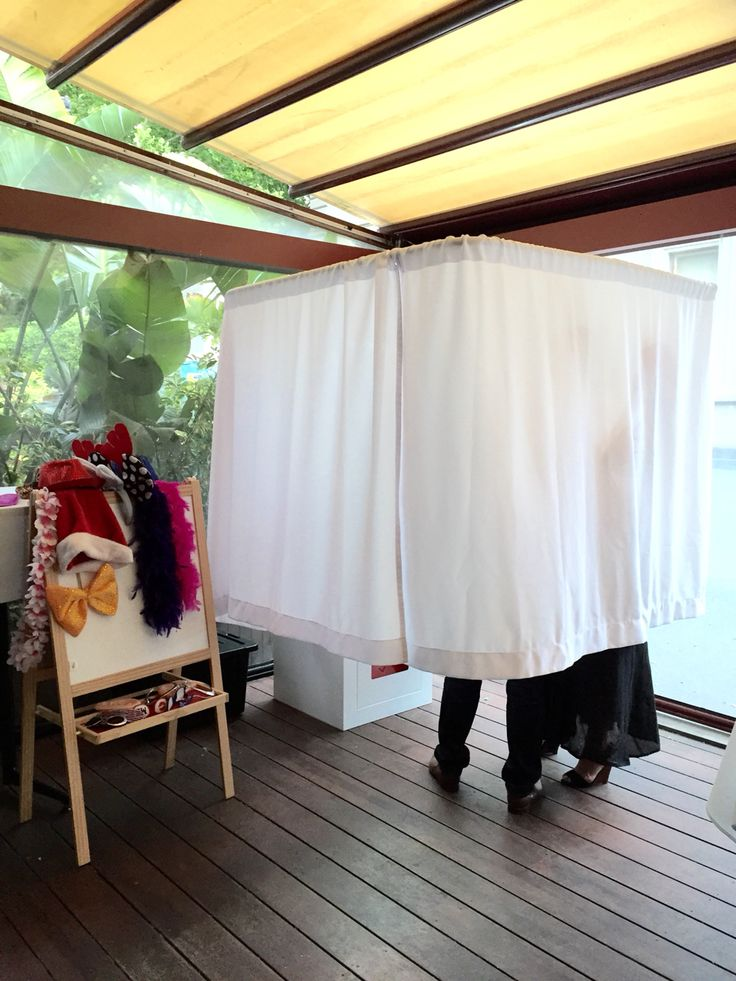Stand up photobooth fun on location #quirkyphotobooths #photoboothhiremelbourne