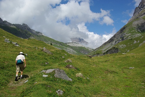The valley between Les Argentines and Le Grand Muveran in Switzerland is one of my favorite places to hike.  Too bad it's so far away! #grandmuveran #hikking #villarsgryon villars.ch