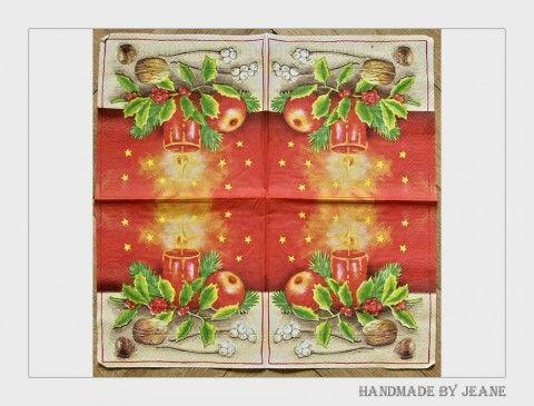 ubrousek se svíčkou ořech jablko jablíčko sníh zima vánoce svíčka hvězda hvězdička cesmína oříšek