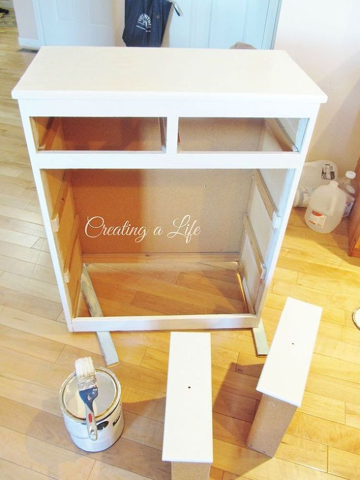 DIY Farmhouse Style Kitchen Cabinet :: Hometalk
